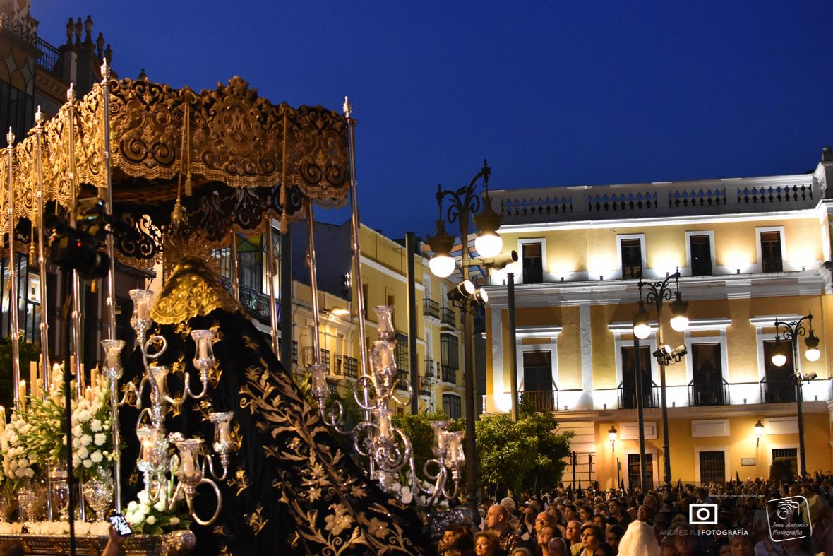 La salida de la Patrona de Badajoz