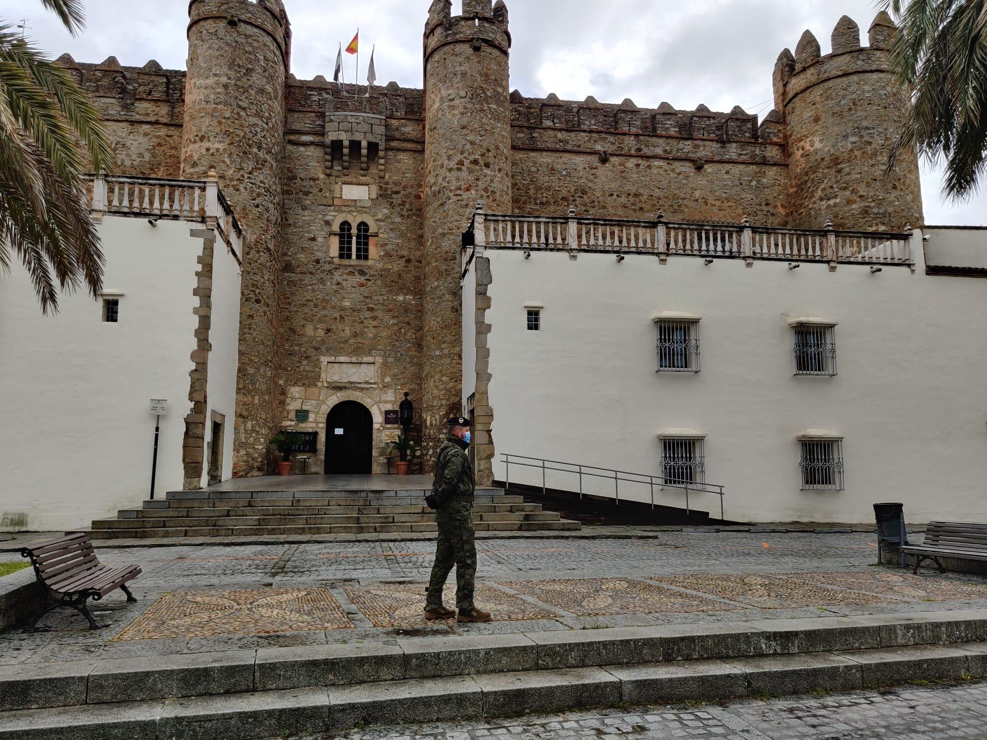 La Brigada Extremadura XI ayuda en la lucha frente el Coronavirus